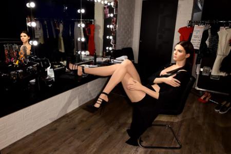 En el backstage de Madame Tussauds de Londres con Kendall Jenner