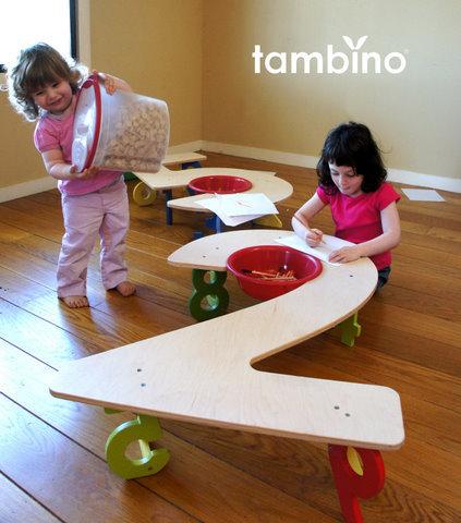 Muebles con números para habitaciones infantiles, de Tambino