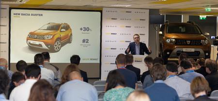 De los R8 comunistas al triunfo de los coches low cost. 50 años de Dacia y su modernización