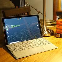 El ordenador portátil híbrido Microsoft Surface Pro 7 con funda-teclado baja hasta los 989,99 euros, su mínimo histórico en Amazon