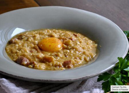 Sopas de ajo con jamón y huevo: receta tradicional