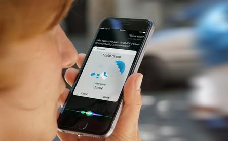 Estos bancos ya ofrecen operaciones y consultas mediante Siri en sus apps en España