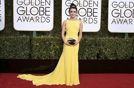 juego de tronos estilismo look alfombra roja actrices maisie williams