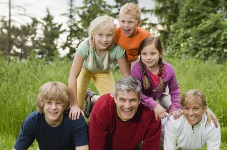 Las familias numerosas serán consideradas así hasta que el menor tenga 21 años o 26 si estudia