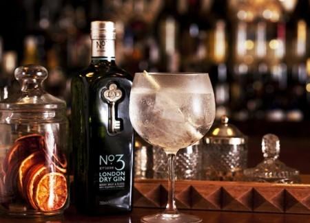 Los cinco regalos más originales para un amante al gin-tonic