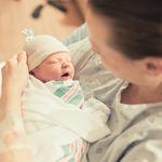 11 ideas de fotos para hacerle a tu bebé recién nacido en sus primeras horas de vida