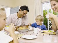 Desayunar con los hijos, hay que dedicar al menos 20 minutos