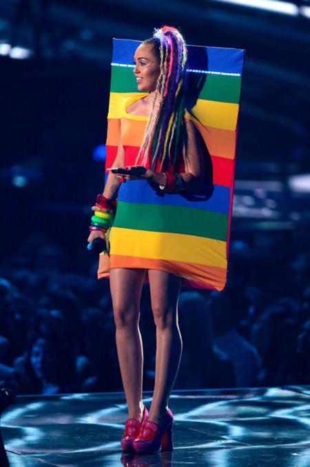 Miley Cyrus De Agatha Ruiz