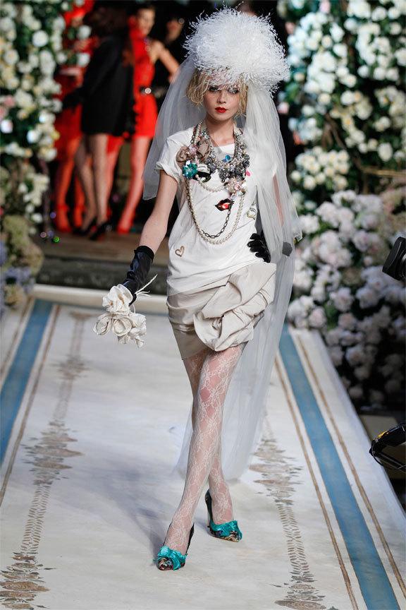 Foto de Lanvin y H&M, colección Alta Costura en un desfile perfecto: los mejores vestidos de fiesta (26/31)
