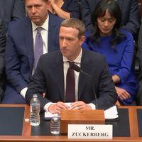 """""""Muchos desearían que fuera cualquiera salvo Facebook"""": estas son las preguntas que han acorralado a Zuckerberg ante el congreso de los EE.UU"""