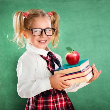 Las asociaciones de padres demandan a las editoriales por el sobrecoste de los libros de texto: más de 1.200 millones de euros