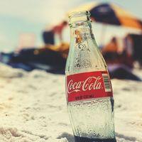 Morena quiere llevar a todo México la prohibición de venta de refrescos y comida chatarra a menores de edad