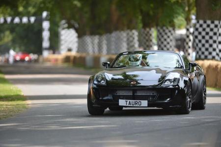 Tauro V8 Spider en Goodwood