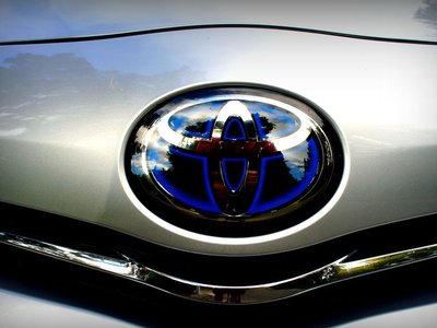 Más autonomía y recarga en pocos minutos: así quiere ganar Toyota la carrera del coche eléctrico