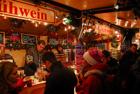 El Glühwein, el vino caliente que te saca el frío en Europa