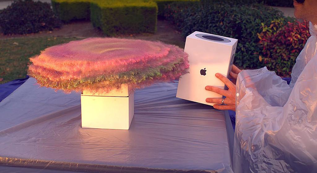 Un ingeniero de la NASA usa una caja de HomePod, purpurina y flatulencias para vengarse de los ladrones