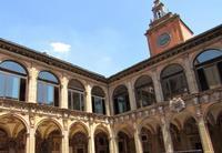 Una visita al Archiginnasio de Bolonia