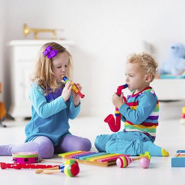 Por qué es importante fomentar en nuestros hijos el amor por la música y cómo podemos hacerlo con actividades y juegos
