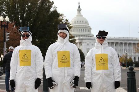 Plantarse en pleno Capitolio a reconocer rostros: la curiosa protesta contra el reconocimiento facial de Fight For The Future