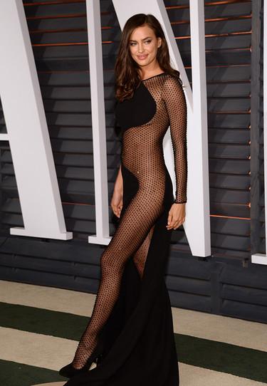 Y las nominadas al look más transparente de los Oscar son... 7 estilismos no aptos para recatadas