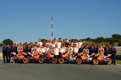 La gente que trabaja para los equipos de MotoGP