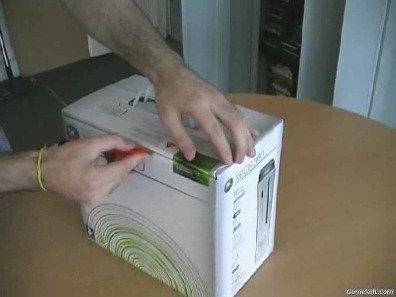 Desempaquetando una XBox 360 en vídeo