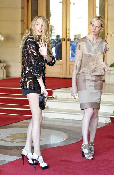 Todos los últimos looks de Blake Lively: una Gossip Girl en París XVIII