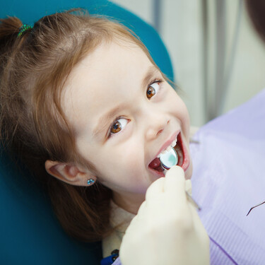 Cómo cuidar la higiene bucodental de los niños en tiempos de COVID: qué tener en cuenta y cómo podemos prevenir contagios
