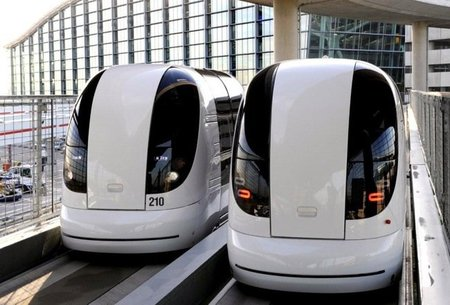 Cápsulas personales eléctricas y autopilotadas en el aeropuerto de Londres-Heathrow