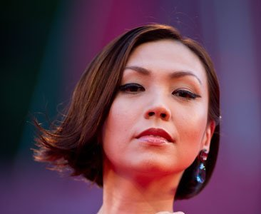Un 10 para el maquillaje de la cantante Kit Chan en el Festival de Cine de Venecia 2011