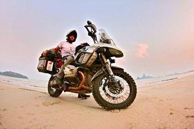 América en moto. Recuerdos de una vuelta al mundo. De Tailandia a Filipinas