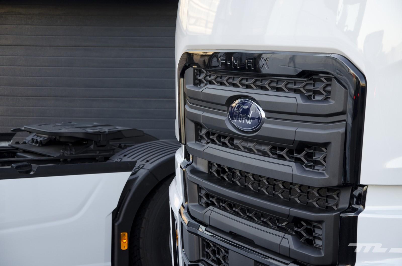Foto de Ford Trucks F-MAX 2019, contacto (27/31)