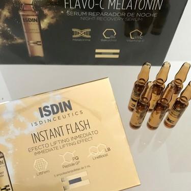 Hoy probamos Isdinceutics Instant Flash: el nuevo intensivo de Isdin para vernos bien en solo unos minutos