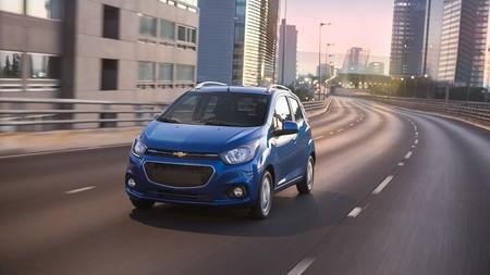 Chevrolet refuerza la seguridad en las versiones base de Beat y Cavalier 2019