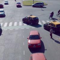 El tráfico urbano, explicado en este hipnotizante vídeo en el que todo el mundo está a punto de atropellarse