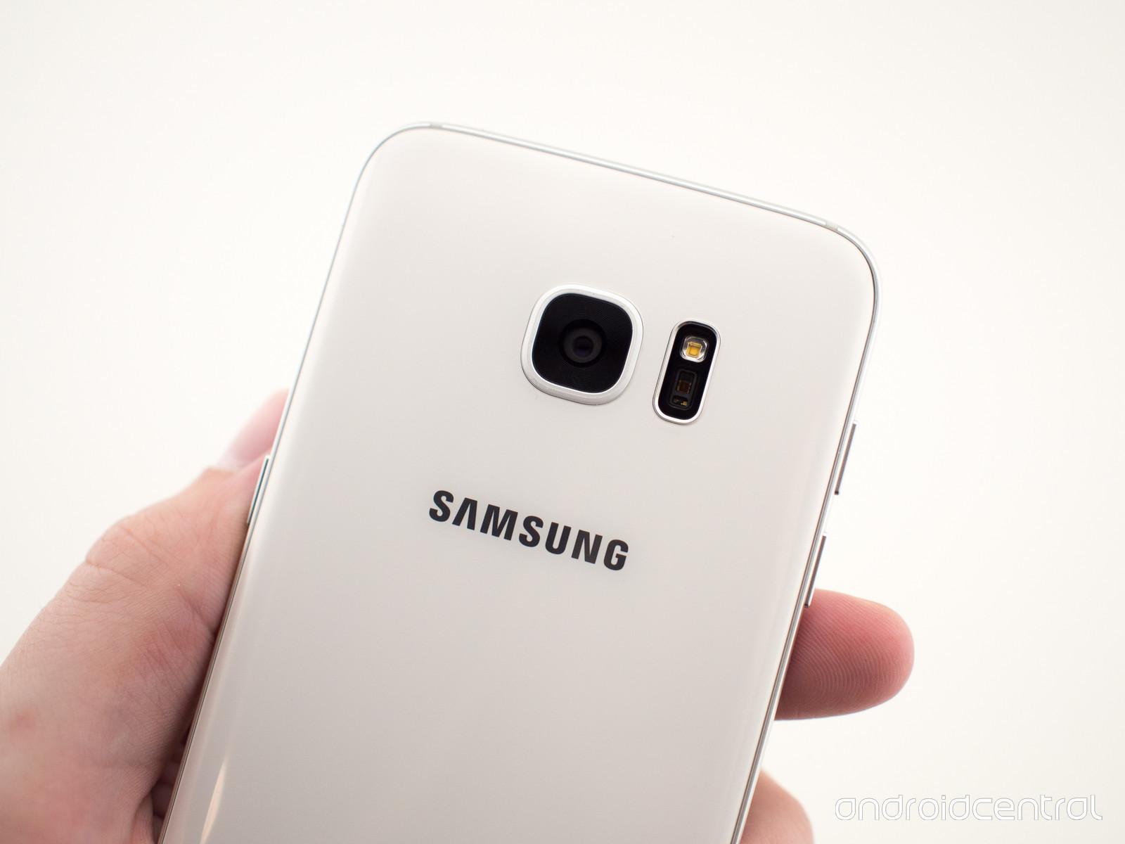 Foto de Samsung Galaxy S7, blanco (2/3)
