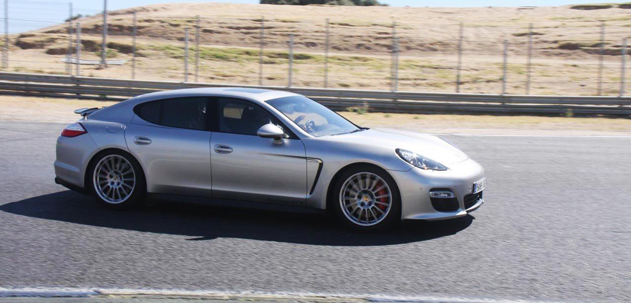 Foto de Porsche Panamera GTS (Prueba) (66/135)