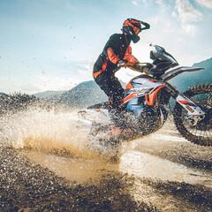 Foto 7 de 9 de la galería ktm-890-adventure-r-y-r-rally-2021 en Motorpasion Moto