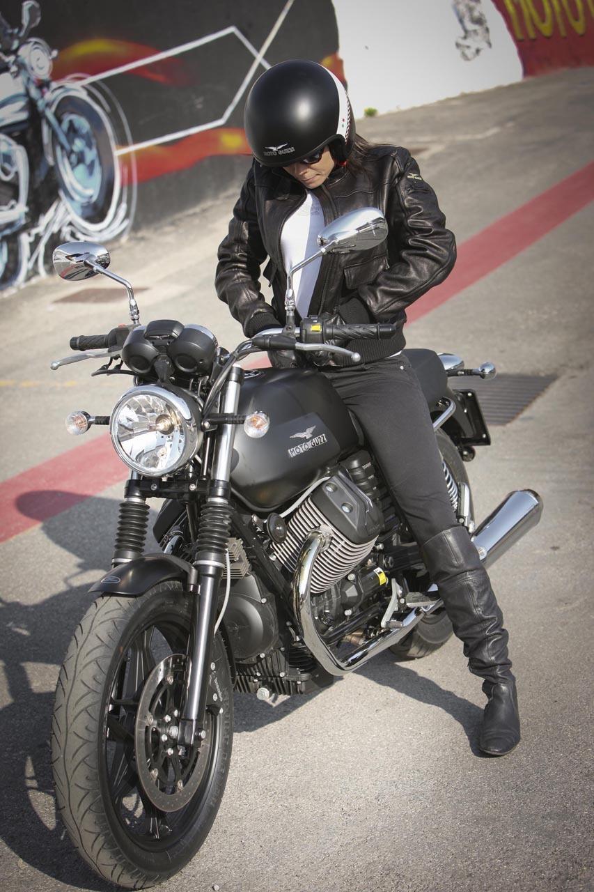 Foto de Moto Guzzi V7 Stone (33/57)