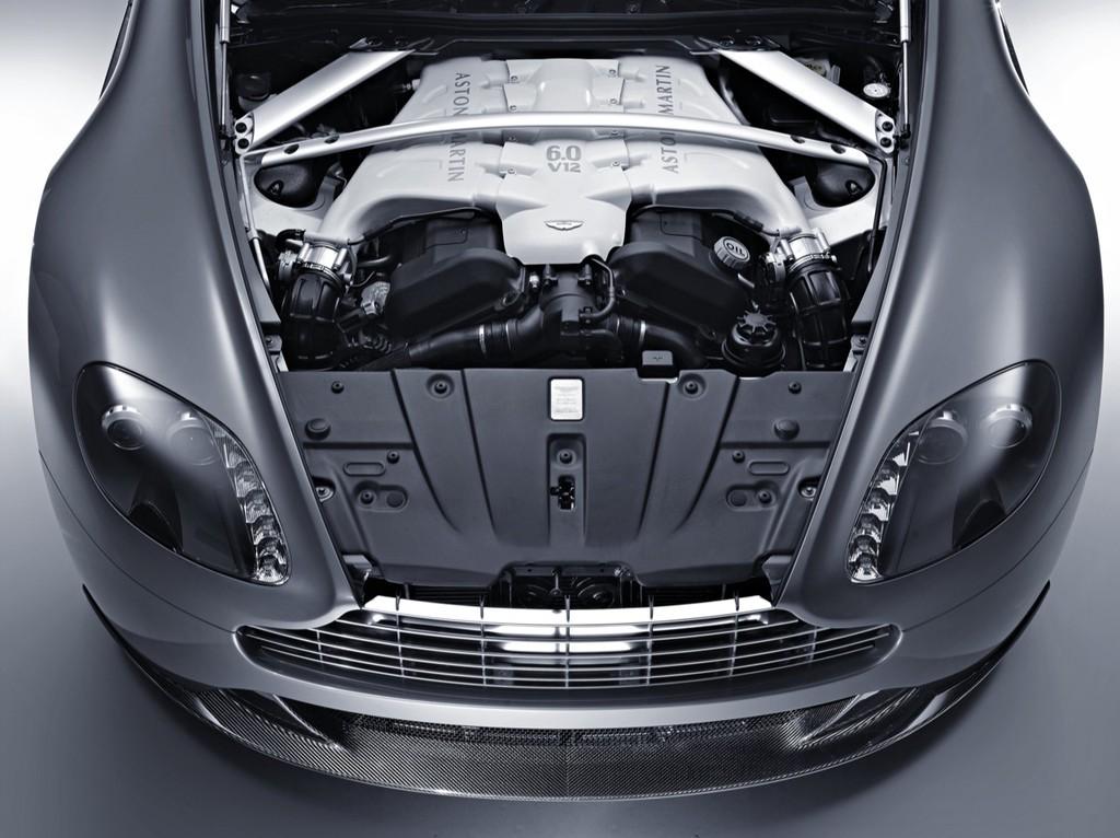 Foto de Aston Martin Vantage V12 (7/8)