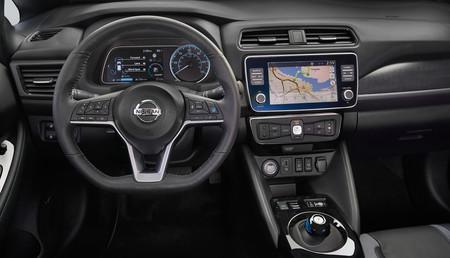 Nissan Leaf Interiorjpg