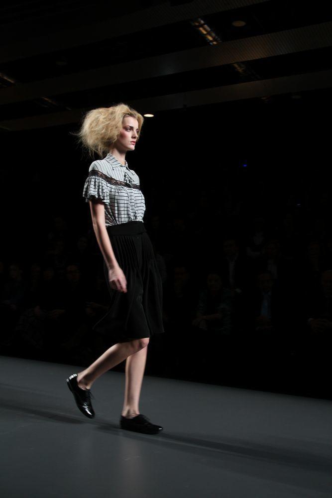 Foto de Alma Aguilar en la Cibeles Madrid Fashion Week Otoño-Invierno 2011/2012 (69/126)