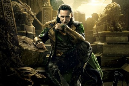 Tom Hiddleston estará en las tres próximas películas de 'Los Vengadores'