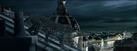 La pantera Cartier en los techos de Paris
