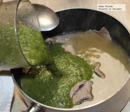 Bisteces rápidos en salsa verde c m d a