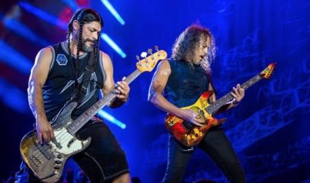 Más artistas se suben al debate de Apple Music: Smashing Pumpkins en contra, Metallica a favor