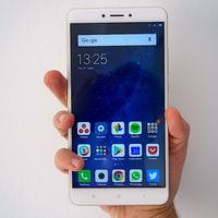 El Xiaomi Mi Max 3 ya está certificado en China: llegaría con pantalla de siete pulgadas, carga rápida y procesador Snapdragon 710