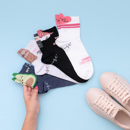 Calzedonia repite con Mr. Wonderful: así es su nueva colección de calcetines cargada de buen rollo