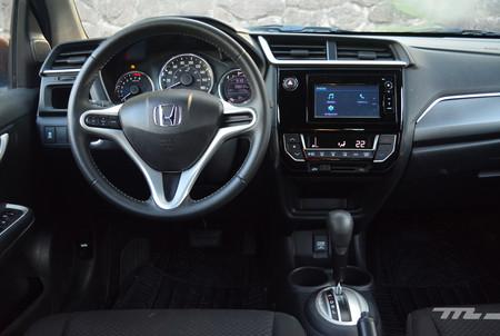 interior BR-V
