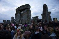 El solsticio, nacimientos y resurrecciones (y II)